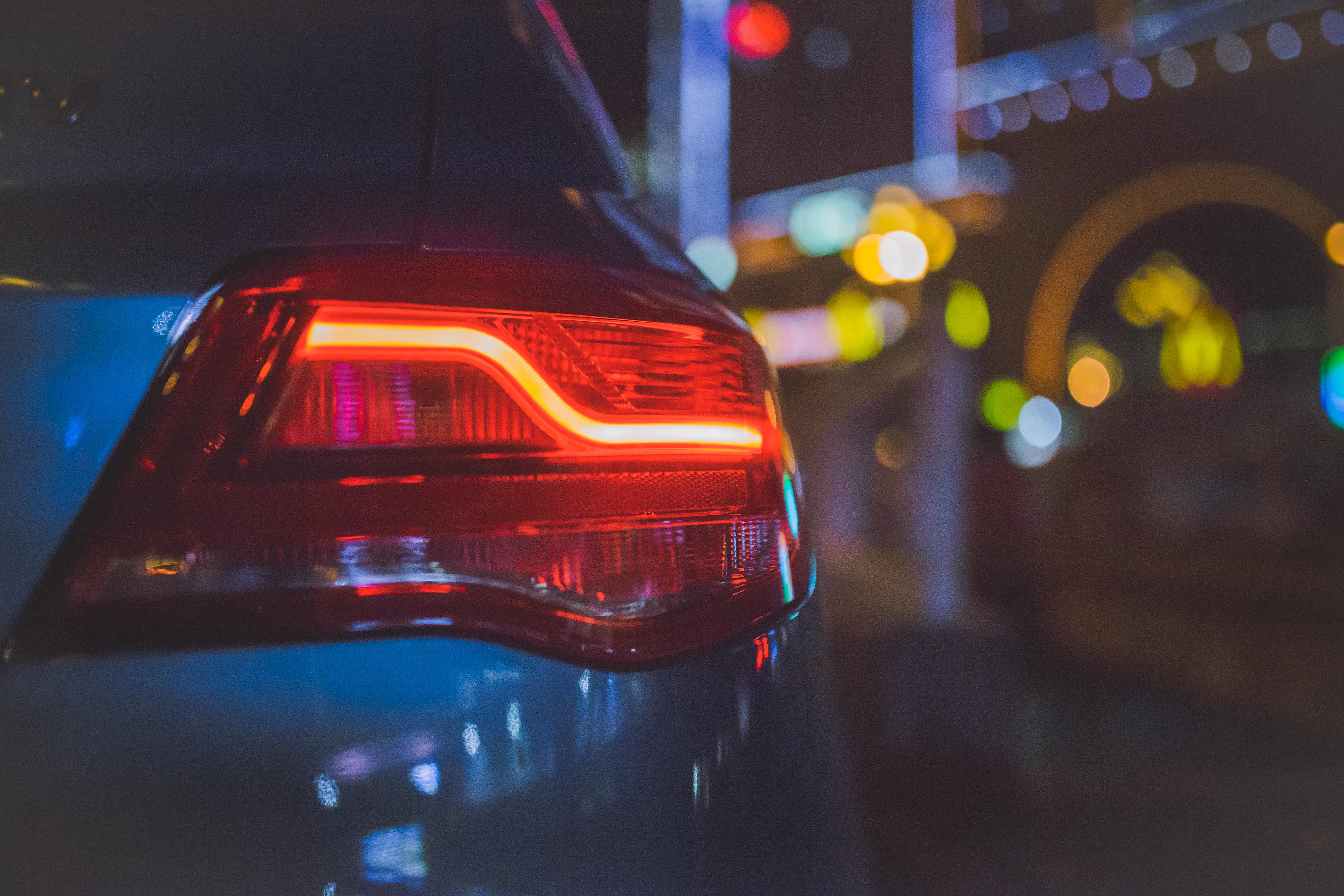 Elektromos autó 1,5 millió forintos támogatással