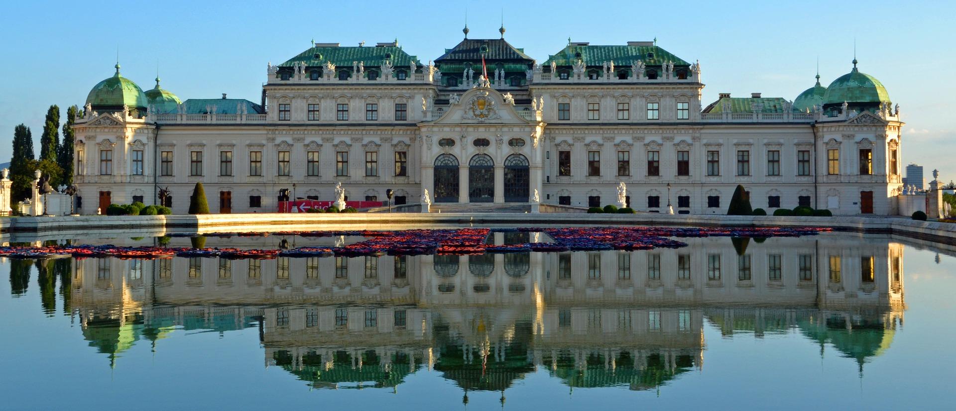 Bécsben is tombol a töltőláz