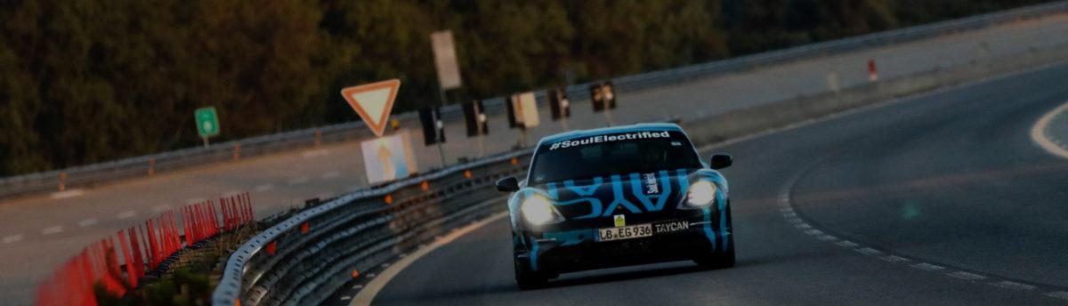 Túlórázott a Porsche