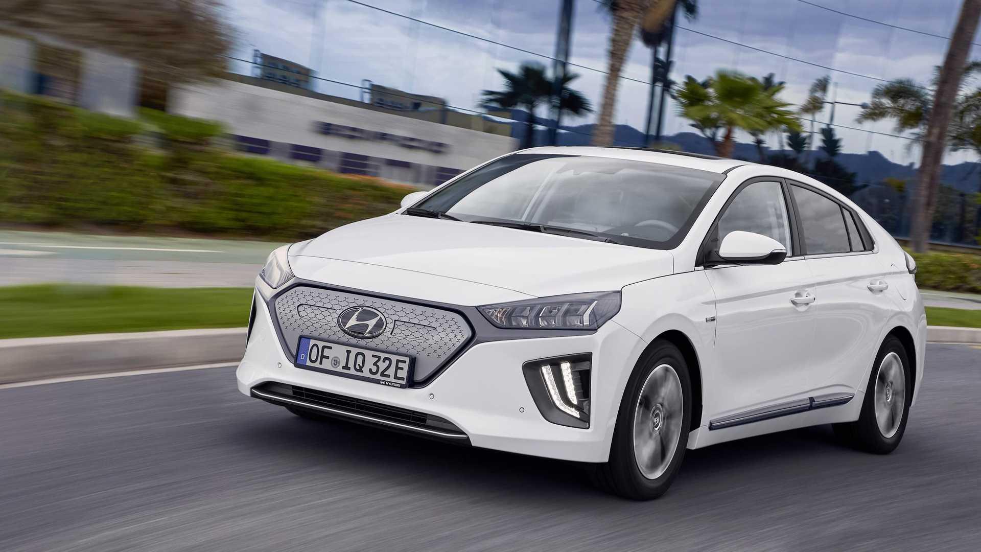 Nagyobb hatótávval érkezik a Hyundai Ioniq