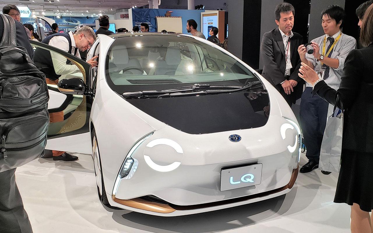 Nem mindennapi jármű lesz a Toyota LQ