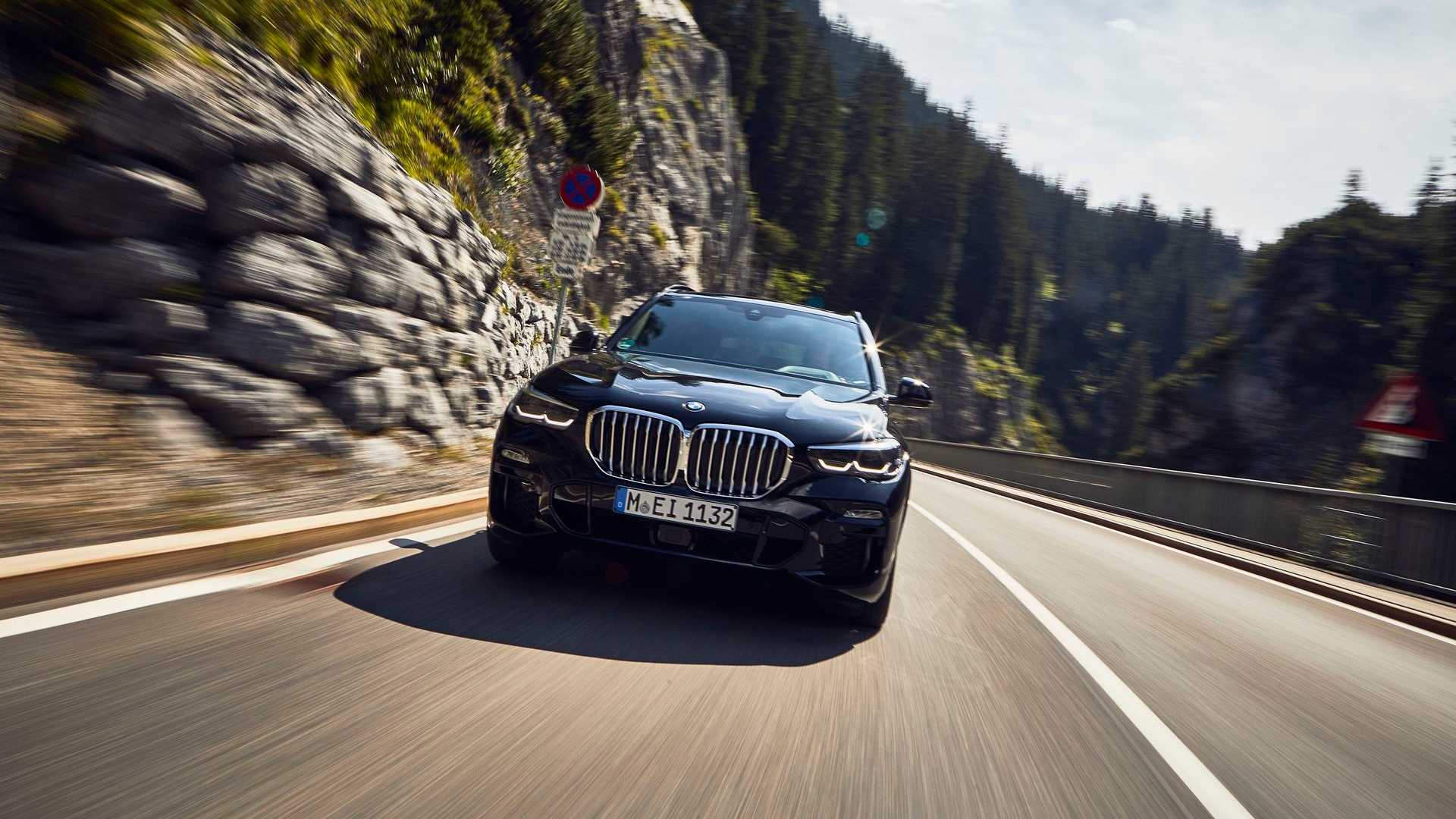 Jövőre érkezik a hibrid BMW X5