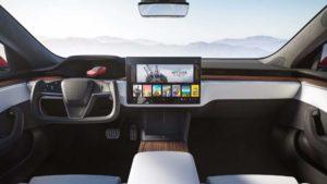 Model S Plaid belső tere